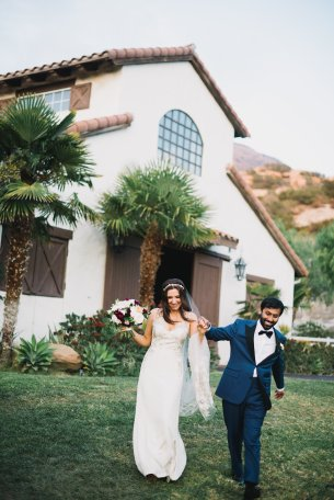 Hummingbird Nest Ranch - Elegant Fall Wedding - Bride and Groom