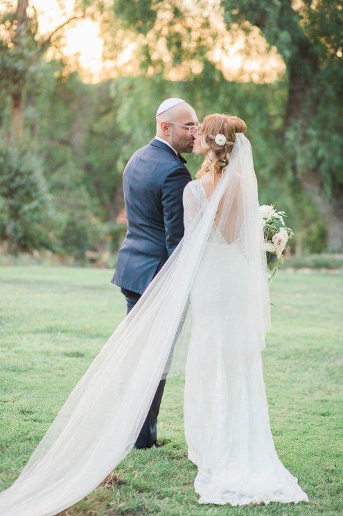 Hummingbird-Nest-Ranch-Wedding-Jewish-Rustic-Chic-12