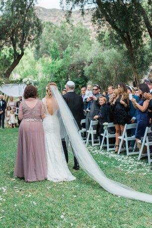 Hummingbird-Nest-Ranch-Wedding-Jewish-Rustic-Chic-22
