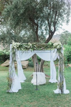 Hummingbird-Nest-Ranch-Wedding-Jewish-Rustic-Chic-39