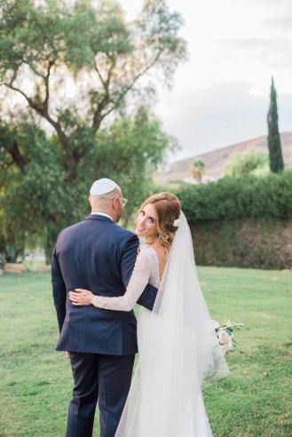 Hummingbird-Nest-Ranch-Wedding-Jewish-Rustic-Chic-61