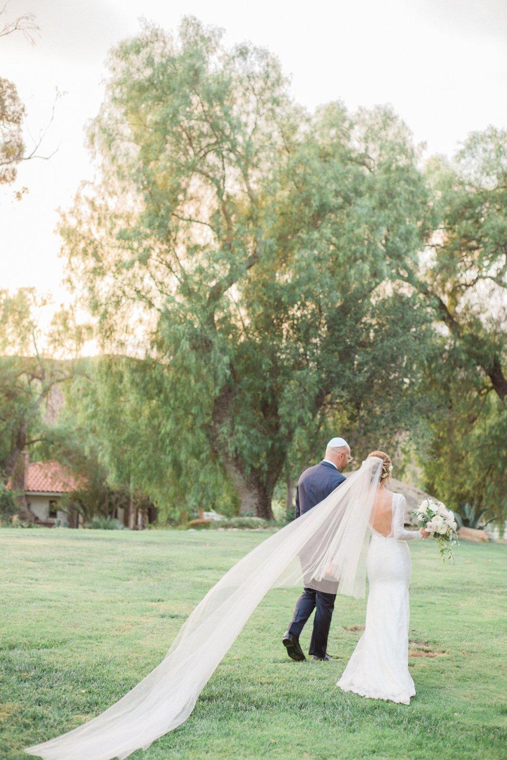 Hummingbird-Nest-Ranch-Wedding-Jewish-Rustic-Chic-62