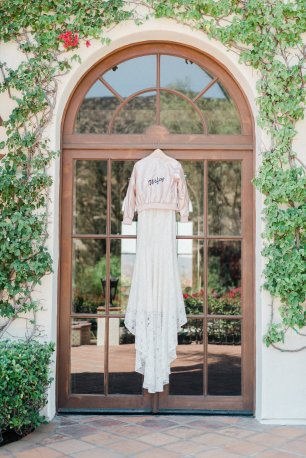 Hummingbird-Nest-Ranch-Wedding-Geometric-Chic-3