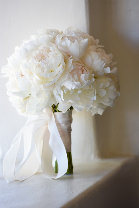 Hummingbird Nest Ranch Wedding - White Peony Bouquet