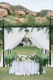 los-angeles-wedding-planner-jewish-hummingbird-nest-ranch-36