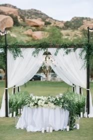 los-angeles-wedding-planner-jewish-hummingbird-nest-ranch-36